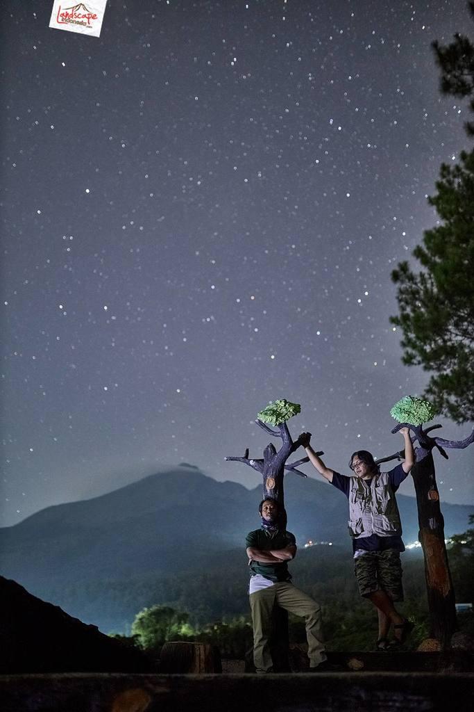 milkyway kayon 08 683x1024 - Hunting Milky Way Merbabu di Kayon
